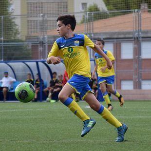 Un campo de fútbol por Martín