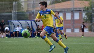 El distrito de Fuencarral rinde homenaje a uno de sus vecinos, Martín Temiño, fallecido el pasado verano, y pondrá su nombre a una instalación deportiva del barrio en el que jugaba al fútbol desde hacía años.