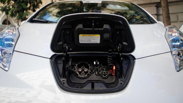 Las ayudas para comprar un coche eléctrico, cifra a cifra