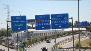 Imagen de la A-6, carretera hacia A Coruña, en su entrada a Madrid a la altura de la conexión con la M-30 y la M-40