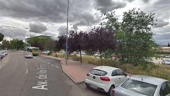 Los hechos tuvieron lugar sobre las 22.30 horas del pasado día 7 en la avenida de los Pinos de Leganés.
