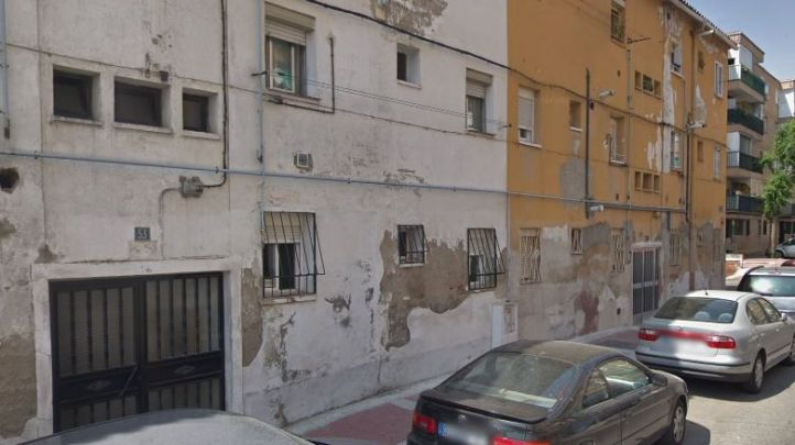 Desalojado un bloque de viviendas en Parla