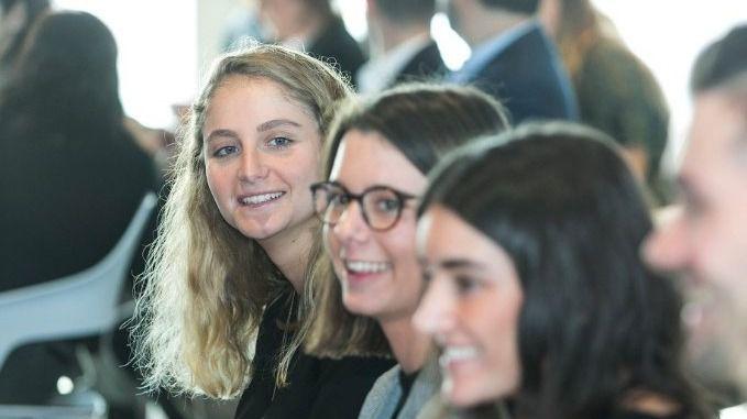 BBVA forma en transformación digital a más de 330 estudiantes y recién licenciados de Madrid