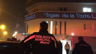 La Policía Municipal, a las puertas del hospital Virgen de la Torre