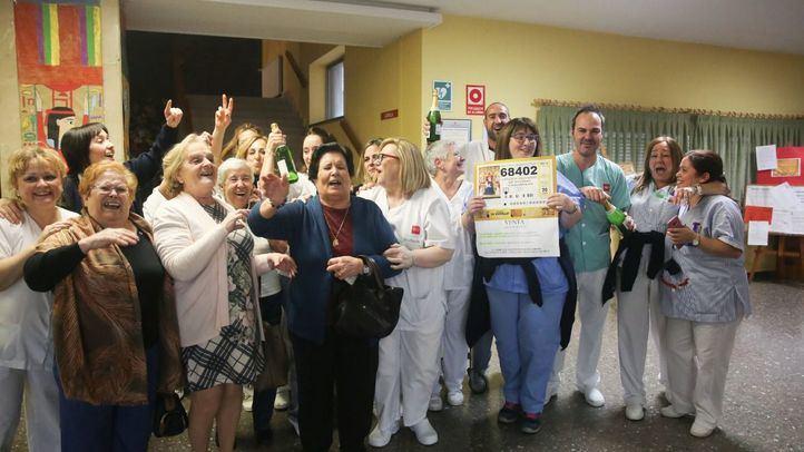 De Villaviciosa a Torrejón: la alegría del Sorteo de Navidad inunda la Comunidad
