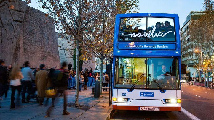 El Naviluz, el autobús para ver las luces navideñas de la capital