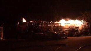 Incendio en una chatarrería cerca de Loeches.