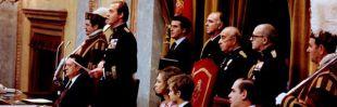 Juan Carlos I sanciona la Constitución