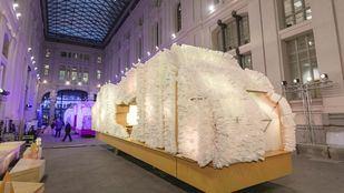 Las carrozas que transportarán a los Reyes Magos en la Cabalgata de Reyes 2019.