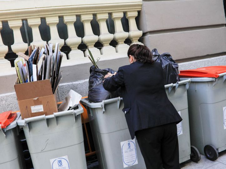 Madrid refuerza la limpieza para borrar el 'rastro' de los Magos