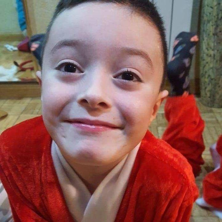 Urge un trasplante de médula para un niño de Parla de 8 años