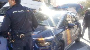 En el suceso se produjo un disparo, que impactó en una pared del hotel.