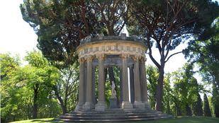 Templete de Baco en Parque el Capricho.