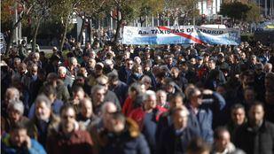 El sector del taxi iniciará una huelga indefinida el 21 de enero