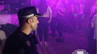 Desalojado un bar en Chamberí con 48 menores consumiendo alcohol