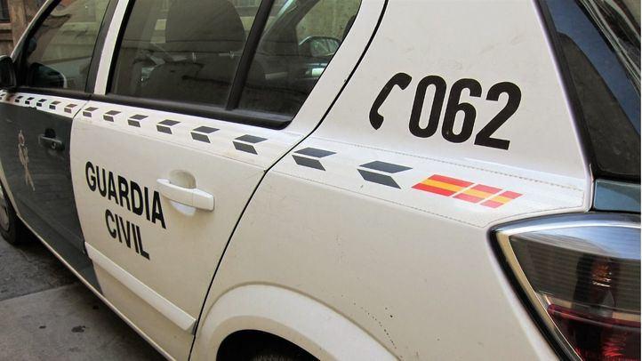 Detenidos tres individuos por amenazar a dos menores a punta de navaja
