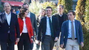 Díaz Ayuso y Almeida junto a Casado y García-Egea.