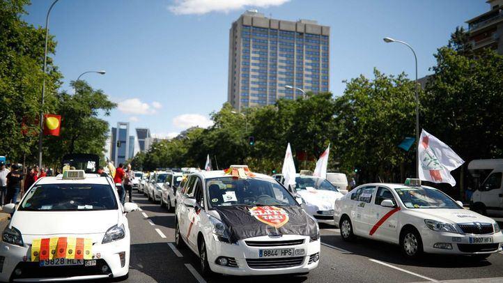Huelga indefinida de taxis en Madrid a partir del lunes