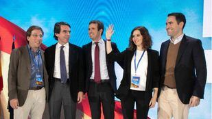 Aznar se deshace en elogios con Casado,
