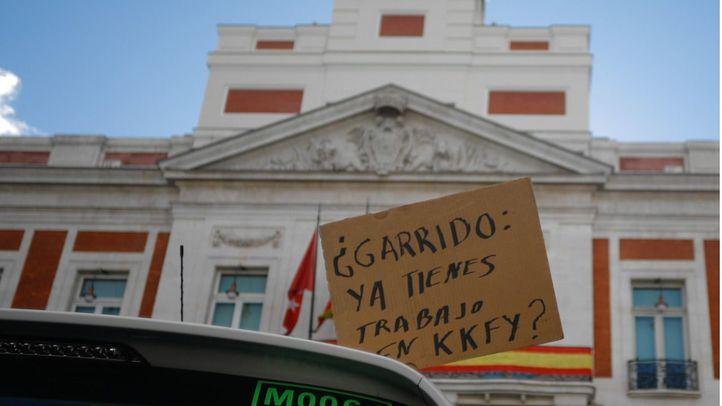 En los minutos previos a la segunda reunión con el Ejecutivo de Garrido, los taxistas rechazan de pleno el borrador remitido para regular el sector de las VTC.