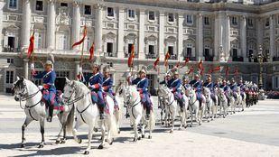 Así es la Guardia Real, la más antigua de Europa