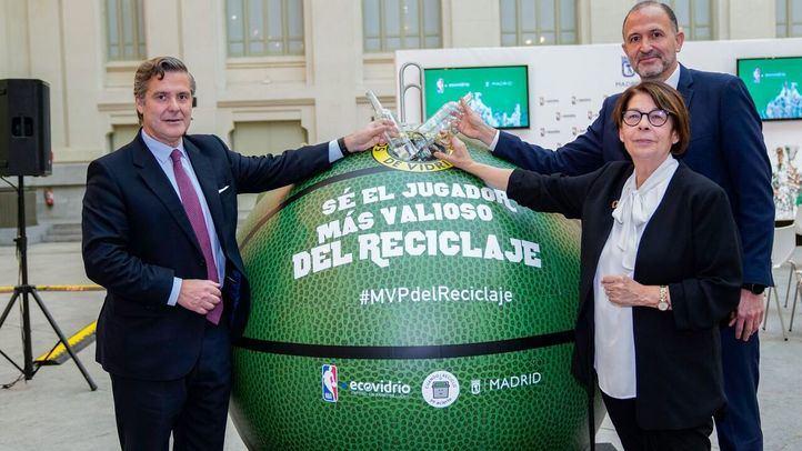 El Parque de Atenas tendrá en marzo una pista de baloncesto de vidrio reciclado