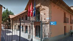 Las goteras vuelven al Centro Cultural de Barajas tras la climatización