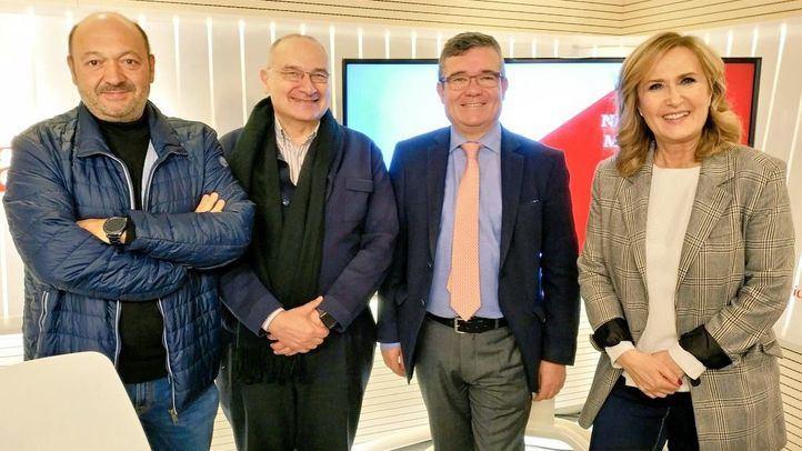 Luis Martínez Hervás, alcalde de Parla, y Guillermo Hita, presidente de la FMM y regidor de Arganda, en el programa Madrid Directo.