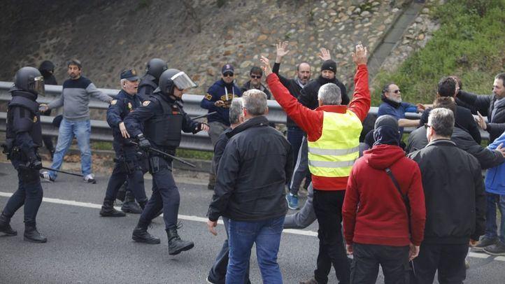 Catorce heridos y dos detenidos en una nueva jornada de movilizaciones