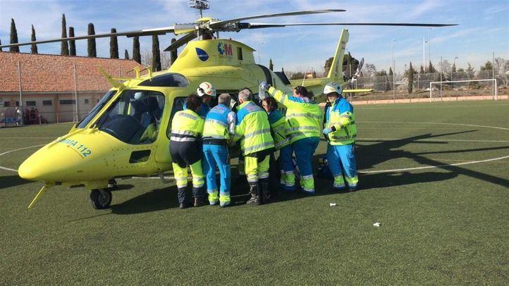 Uno de los obreros ha sido evacuado en helicóptero.
