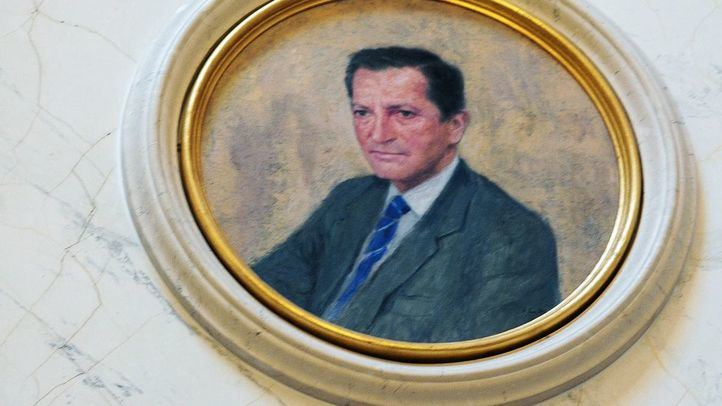 Congreso de los Diputados, sala presidentes, retrato de Adolfo Suarez