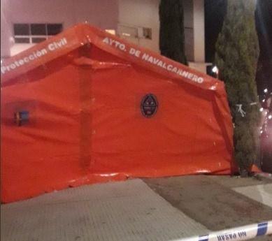 Catorce personas, atendidas en un incendio en Navalcarnero