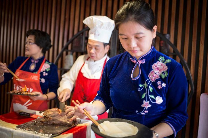 Degustaciones y pasacalles para recibir el Año Chino