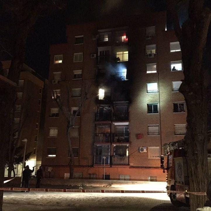 Mueren dos de los heridos en el incendio de Entrevías
