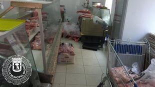 La carnicería china en Usera, con malas condiciones higiénico-sanitarias.