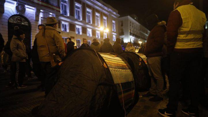 Algunos taxistas acamparán en la Puerta del Sol hasta que la Comunidad los reciba para negociar la nueva propuesta.