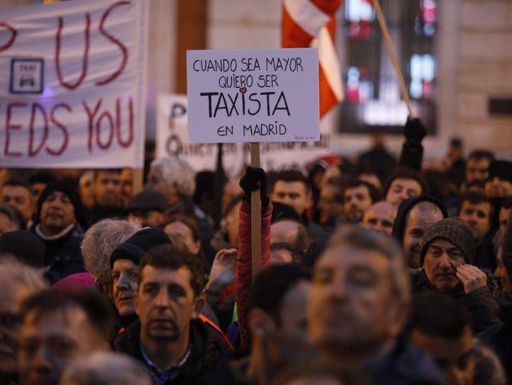 Los taxistas tantean a Garrido: cheque en blanco en la precontratación