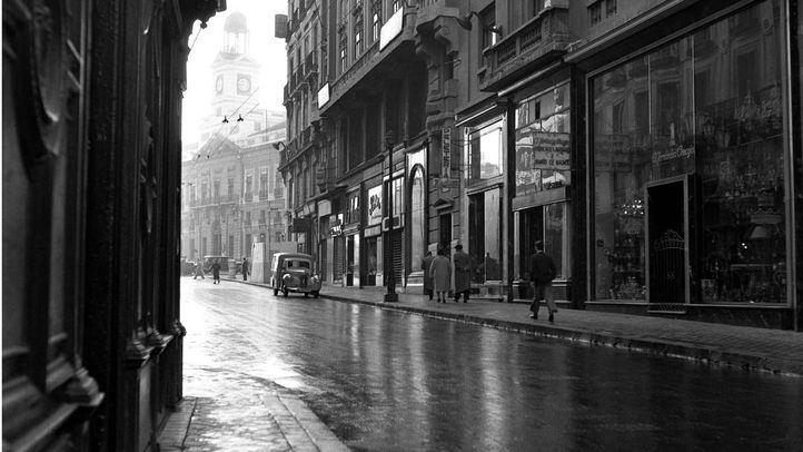 Calle Arenal en una foto de 1953.