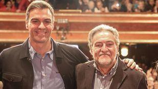 Pedro Sánchez y Pepu Hernández, en el acto de presentación del candidato.