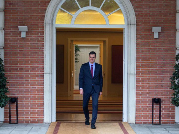 Sánchez reconoce a Guaidó como presidente interino