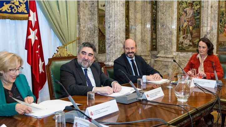 Representantes del Ayuntamiento de Madrid, la Comunidad, la Federación de Municipios, el Poder Judicial y también del Ejecutivo central acudieron a la reunión convocada por el delegado del Gobierno, José Manuel Rodríguez Uribes.