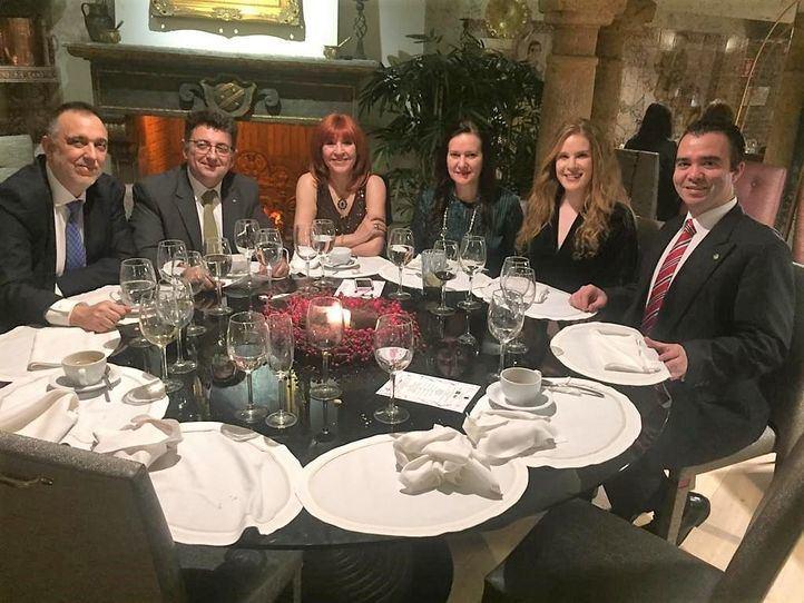 Cena solidaria y un paso más para la batalla contra la ELA