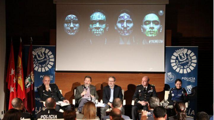 Barbero y Valiente, en la presentación de la campaña 'Tacha el odio'.
