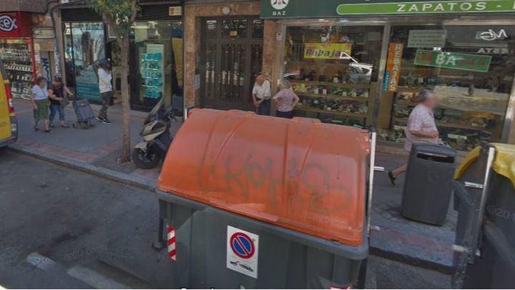 Calle Laguna, 89, donde se han hallado los restos.