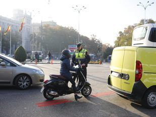 Un autobús para informar sobre Madrid Central