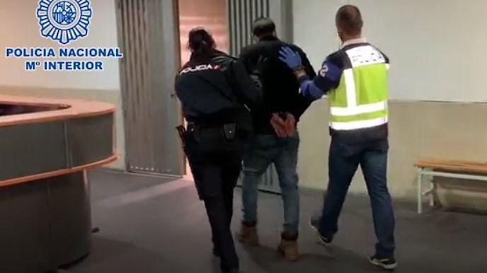 El acusado de descuartizar a su novia en Alcalá se niega a declarar
