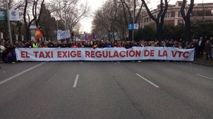 Los taxistas se manifiestan por primera vez desde el fin de la huelga