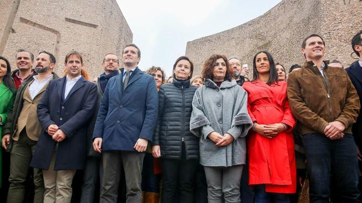 La intrahistoria de la incómoda foto de Rivera, Casado y Abascal