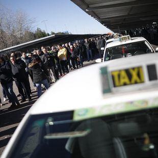 Los taxistas abandonan el Comité Madrileño del Transporte