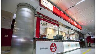 Nueva oficina de objetos perdidos de Cercanías Renfe en la estación de Nuevos Ministerios.